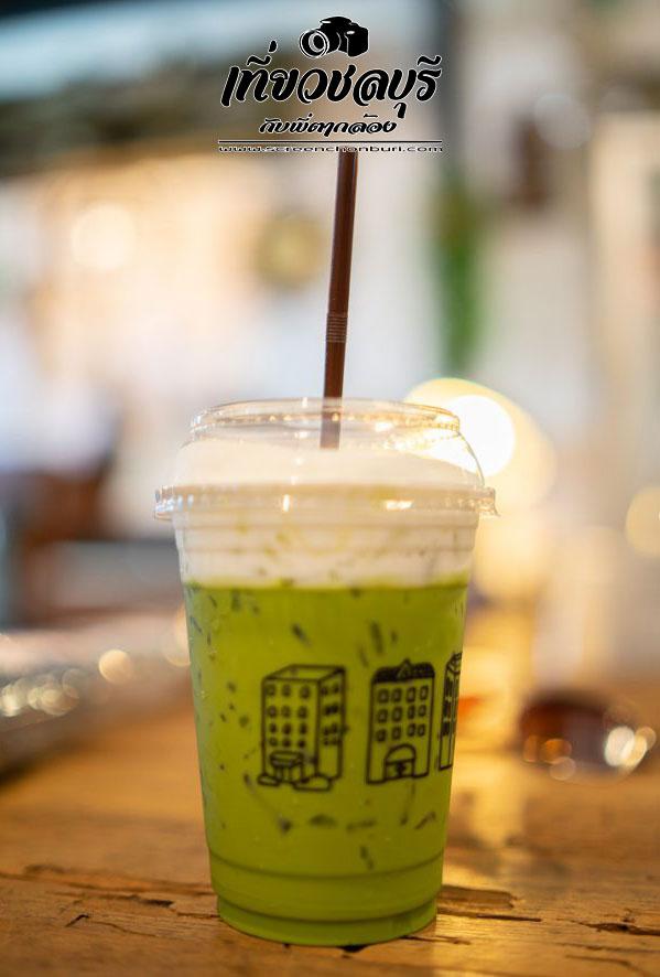 Teuk-ตึก-Coffee-Food-Vintage-stuff-คาเฟ่สไตล์วิลเทจอ่างศิลา-ชลบุรี