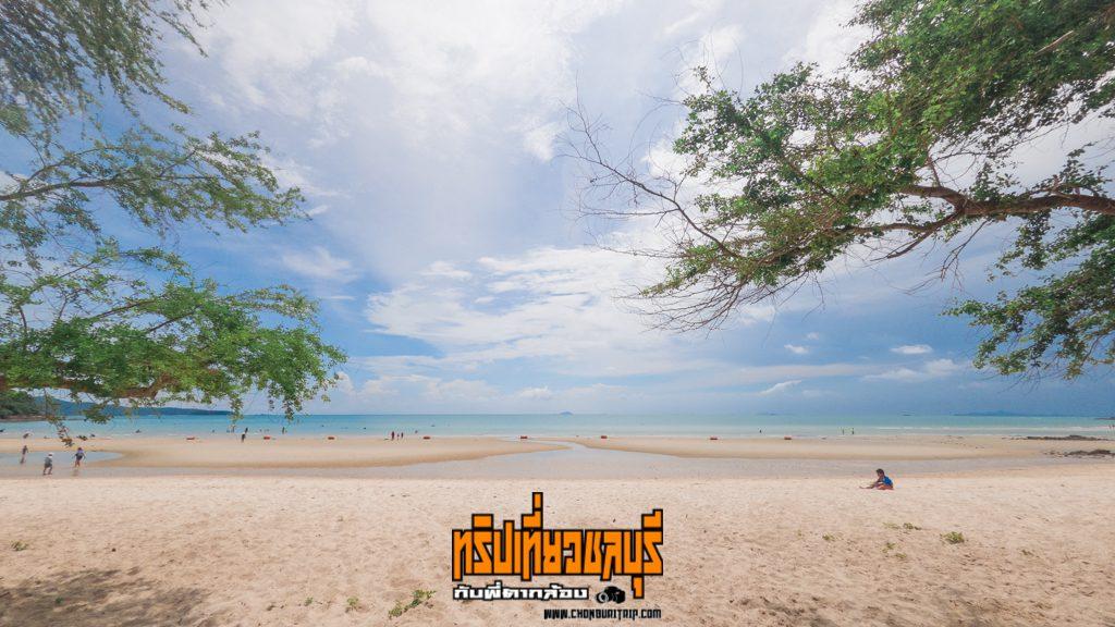 หาดทรายแก้วชลบุรี เที่ยวทะเลสัตหีบหลังคลายล็อกดาวน์