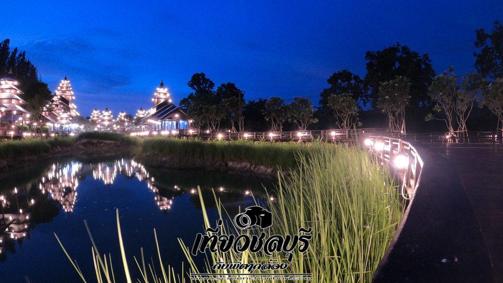 เที่ยวบ่อทองบุรียามค่ำคืน ไฟสวยมากๆ