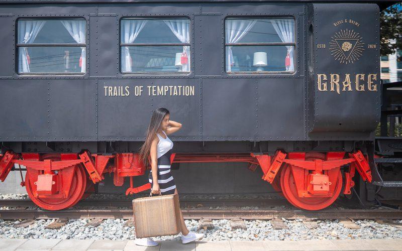 Grace-Si-Racha-คาเฟ่รถไฟศรีราชา